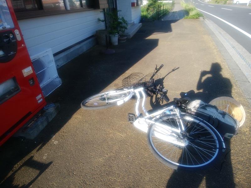 自転車を倒した